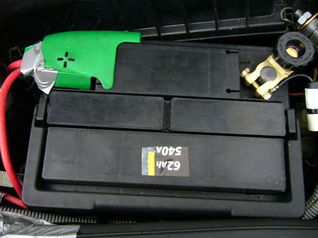 batterie auto feu vert votre site sp cialis dans les accessoires automobiles. Black Bedroom Furniture Sets. Home Design Ideas