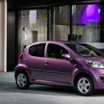 Petite voiture automatique neuve