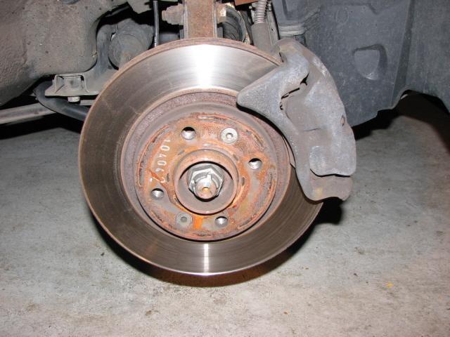 Changer des disques de frein votre site sp cialis dans for Garage changement plaquette de frein