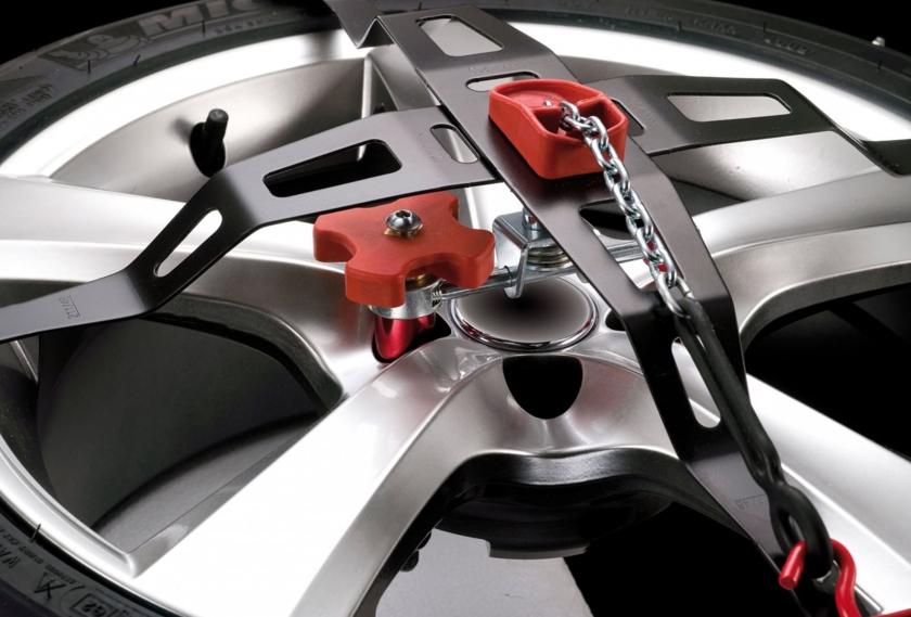 chaine trak 225 45 r17 votre site sp cialis dans les accessoires automobiles. Black Bedroom Furniture Sets. Home Design Ideas