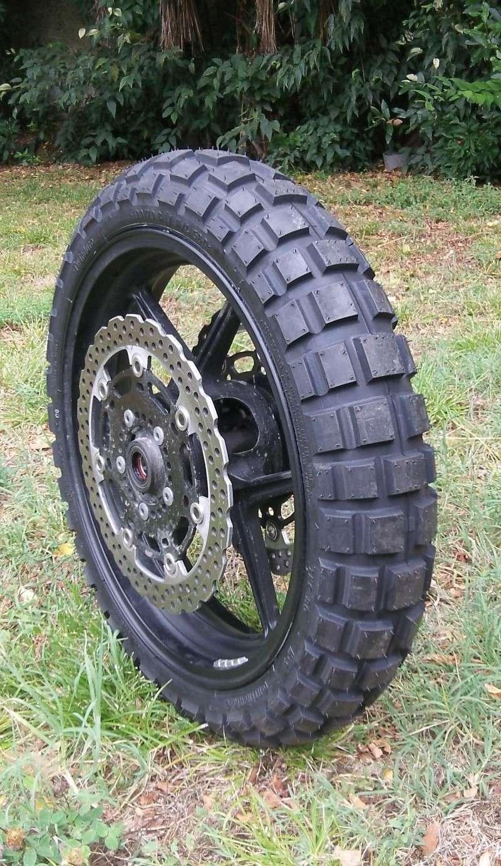 pneu moto enduro 17 pouces votre site sp cialis dans les accessoires automobiles. Black Bedroom Furniture Sets. Home Design Ideas