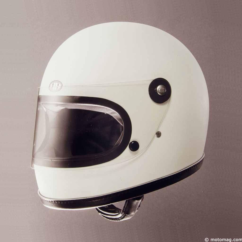 casque moto ann e 80 votre site sp cialis dans les accessoires automobiles. Black Bedroom Furniture Sets. Home Design Ideas