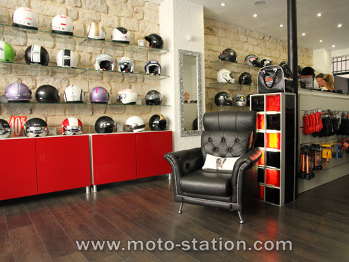 magasin accessoires moto paris. Black Bedroom Furniture Sets. Home Design Ideas