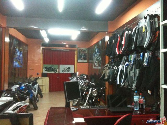 magasin piece moto votre site sp cialis dans les accessoires automobiles. Black Bedroom Furniture Sets. Home Design Ideas